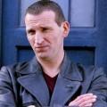 """Christopher Eccleston: Essstörungen verhalfen zu """"Doctor Who""""-Rolle – Memoiren arbeiten psychische Erkrankungen auf – Bild: BBC (2005)"""
