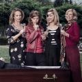 """""""Clan"""": ZDFneo zeigt belgische Thriller-Comedy im Mai – Fünf Schwestern wollen sich eines (Ehe-)Mannes entledigen – © VTM"""