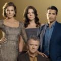 """TNT Serie bringt """"Dallas""""-Neuauflage ab Oktober zurück – J.R. und Bobby können im US-Originalton sprechen – Bild: TNT"""