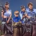 """""""Danger 5"""": Zweite Staffel der australischen Nonsens-Agentenserie ab Januar – SBS kündigt zudem neue Dramaserie mit Aden Young an – © SBS"""