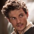 """""""Die Medici"""": Zweite Staffel bei Sky als Weihnachtsgeschenk – Zeitsprung und Sean Bean bringen Action nach Florenz – © Beta"""