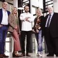 """[UPDATE] """"Grill den Henssler"""" kehrt mit neuer Moderatorin und veränderter Jury zurück – Comeback der VOX-Kochshow im Frühjahr – Bild: TVNOW / Stefan Gregorowius"""