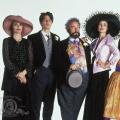 """""""Vier Hochzeiten und ein Todesfall"""" soll zur Anthologie-Serie werden – Mindy Kaling entwickelt für amerikanischen Streaming-Dienst Hulu – Bild: Metro-Goldwyn-Mayer Studios Inc."""