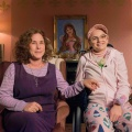 """[UPDATE] """"The Act"""": Starzplay sichert sich Mutter-Tochter-Drama mit Patricia Arquette – Zerstörerische Beziehung endet in Tragödie – Bild: Brownie Harris/Hulu"""
