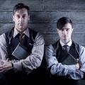 """arte stellt viele britische Serien als Premiere in seine Mediathek – Von """"Inside No. 9"""" bis """"A Young Doctor's Notebook"""" – © Passion"""