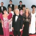 """""""Denver-Clan ohne Maske"""": One wiederholt rare Reportagereihe – Wiedersehen mit Joan Collins, Linda Evans und Co. – Bild: ABC"""