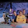 """""""Mystery Science Theater 3000"""": Netflix bestellt zweite Staffel – Neuauflage mit Jonah Ray und Felicia Day geht weiter – © Netflix"""