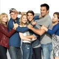"""RTL Passion holt Sitcom """"Welcome to the Family"""" nach Deutschland – Väter von jungem Paar liegen sich in den Haaren – Bild: MG RTL D / Sony Pictures Television Inc."""