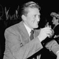 Schauspielerin Diana Douglas stirbt mit 92 Jahren – Ex-Frau von Kirk Douglas und Mutter von Michael Douglas – Bild: Urheberrecht erloschen nach §72 Abs 3 UrhG
