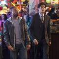"""""""Rush Hour"""": Kurzlebige Serienadaption des Action-Hits ab heute in Sat.1 – Jon Foo und Justin Hires als ungleiches Cop-Duo – © CBS"""