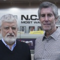 """""""Navy CIS"""" benennt Nachfolger für verstorbenen Showrunner Gary Glasberg – Langjährige Produzenten Frank Cardea und George Schenck rücken nach – Bild: CBS/THR"""