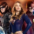 "Erster Teaser-Trailer zum ""Supergirl"", ""The Flash"", ""Arrow"" und ""Legends"" Crossover – ""Heroes Vs. Aliens"" startet Ende November – Bild: The CW"