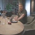"""""""Dinner Party"""" mit Überraschungsgästen für Pocher – Sat.1-Late-Night-Talk mit Sonderfolgen – © Sat.1/Good Times"""