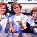 """Anixe wiederholt die """"Drei Damen vom Grill"""" und andere Klassiker – """"Kleinstadtbahnhof"""", """"Café Wernicke"""" und """"Kommissariat 9"""" ab November – © Anixe"""