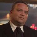 """""""Gotham"""": Auch Drew Powell wird mit Staffel zwei zum Hauptdarsteller – Neue Herausforderungen für Helfershelfer Butch Gilzean – Bild: FOX"""