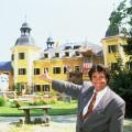 """""""Ein Schloss am Wörthersee"""": RTLplus feiert 30-jähriges Jubiläum im Oktober – Wiederholung der kompletten Serie mit Roy-Black-Special – © RTL/TVNOW"""