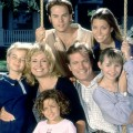 """""""Eine himmlische Familie"""": Kultserie wird wiederholt – Bibel TV zeigt Familienserie mit einer noch jungen Jessica Biel – © Warner/CBS"""