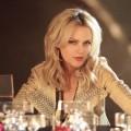 """""""Der Denver-Clan"""": Elaine Hendrix ersetzt Nicollette Sheridan als Alexis – Schauspielerin wird neue Hauptdarstellerin – © FX Networks"""