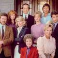 """sixx wiederholt """"Falcon Crest"""" [UPDATE] – Angela Channing kehrt ins Free-TV zurück – Bild: Lorimar Television"""