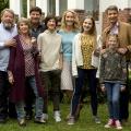 """""""Familie Dr. Kleist"""": Drehstart zur neunten Staffel – Francis Fulton-Smith wieder mit Patchwork-Familie vor der Kamera – Bild: ARD/Volker Roloff"""