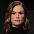 """""""Flack"""": Dramedy mit Anna Paquin findet auf Amazon ein neues Zuhause – Prime Video rettet die kürzlich abgesetzte US-Serie – © Pop TV"""