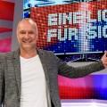 """""""Eine Liga für sich"""": Sky dreht neue Staffel von """"Buschis Sechserkette"""" – Fabian Köster verstärkt Comedy-Panelshow – © Sky Deutschland/Willi Weber"""