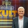 """""""Für immer Kult"""": Nostalgieshow mit Guido Cantz kehrt zurück – Zweite Staffel und Weihnachtsspecial im WDR – Bild: WDR/Max Kohr"""