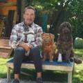 """""""Haustier sucht Herz"""": Promi-Special mit Lenßen, Antony und Zarrella – Weihnachtliche Sonderfolge der Tiervermittlung mit Jochen Bendel – Bild: Sat.1 Gold"""