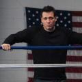 """Holt McCallany mit Hauptrolle in NBC-Pilot """"Warrior"""" – """"Lights Out""""-Darsteller übernimmt die männliche Hauptrolle – © FX Productions"""