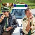 """""""Hubert und Staller"""": Drehstart zu Weihnachtsspecial in Spielfilmlänge – 90-Minüter """"Eine schöne Bescherung"""" zur Krimiserie – Bild: ARD/TMG/Christian Hirschhäuser"""