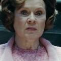 """Planänderung: """"The Crown"""" nun doch auf sechs Staffeln verlängert – Netflix-Historienserie erhält überraschend mehr Folgen – © Warner Bros"""