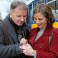 """""""In aller Freundschaft"""": Neues Liebesglück für Dr. Roland Heilmann? – Julia Jäger verstärkt ARD-Erfolgsserie – Bild: MDR/Saxonia Media/Sebastian Kiss"""