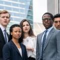 """""""Industry"""": Deutschlandpremiere neuer HBO/BBC-Serie noch in diesem Jahr – Hochschulabsolventen werden mit der harten Realität in einer Londoner Investmentbank konfrontiert – © HBO"""
