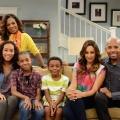"""""""Instant Mom"""": Neue Sitcom feiert Deutschlandpremiere bei Nickelodeon – """"Sister, Sister""""-Star wird plötzlich zur Vollzeit-Stiefmutter – © Nickelodeon"""