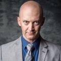 """""""Spun Out"""": Kanadische Comedyserie nach Darstellerskandal vor dem Ende – J.P. Manoux im Verdacht des schweren Voyeurismus – Bild: City"""