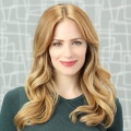 """Imposters"": Jaime Ray Newman (""The Punisher"") in kommender VOX-Serie – Griffin Dunne (""I Love Dick"") ebenfalls mit an Bord – Bild: ABC"