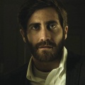 "Jake Gyllenhaal gibt TV-Debüt in HBO Miniserie – Verfilmung des Romans ""Willkommen in Lake Success"" – © Pathé"