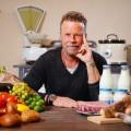 """RTL zeigt neues """"Jenke-Experiment"""" über Fleischkonsum der Deutschen – Für und Wider von regelmäßigem Fleischverzehr – © TVNOW/Stefan Gregorowius"""