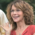 "Jennifer Grey besucht ""Grey's Anatomy"" – ""Dirty Dancing""-Star mit Gastrolle in Staffel 15 – Bild: Amazon Studios"