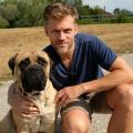 """Sat.1 dreht neuen Krimi """"Der Bulle und das Biest"""" – Jens Atzorn und tierischer Kollege ermitteln in Berlin – Bild: Sat.1/Bernd Schuller"""