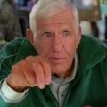 """""""The Middle"""": Jerry van Dyke mit 86 Jahren verstorben – Bekannt als Footballcoach aus """"Mit Herz und Scherz"""" – © ABC"""