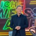 """""""Ich weiß alles!"""": Pilawas großes Samstagabendquiz kehrt zurück – Mälzer, Yanar, Wussow und Helmer als Experten – © NDR/Max Kohr"""