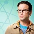"""""""Roseanne"""": Neuester Teaser zum Reboot zeigt Johnny Galecki – """"Big Bang Theory""""-Star besucht alte Erfolgsserie für eine Folge – Bild: CBS"""
