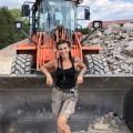 """""""Gut gebaut"""": Nitro zeigt klassische """"Männerjobs"""" in fähigen Frauenhänden – Neue Handwerker-Doku um Frauen am Bau – © TVNOW/Nitro."""