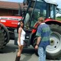 """Aus aktuellem Anlass: RTL II wiederholt """"Frauentausch""""-Promi-Special mit Kader Loth – Luxus-Lady landet auf dem Bauernhof – © RTL II"""