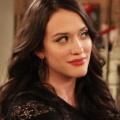 """Kat Dennings (""""2 Broke Girls"""") kehrt mit neuer Sitcom ins Fernsehen zurück – Serienbestellung für """"Dollface"""" – © CBS"""