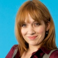 """The Kennedys"": ""The IT Crowd""-Darstellerin Katherine Parkinson in BBC-Familienserie – Comedy über junge Familie in den 1970ern – © Channel 4"