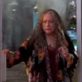 """""""Disjointed"""": Netflix beendet Kiffer-Comedy nach einer Staffel – Chuck-Lorre-Serie mit Kathy Bates wird nicht fortgesetzt – Bild: Netflix/Screenshot"""