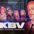 """TVNOW: """"Keine besonderen Vorkommnisse"""", """"PEN15"""" und """"Maskenmann""""-Doku – Schon vor Start zweite Staffel von """"KBV"""" beauftragt – © TVNOW"""