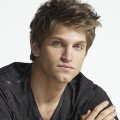 "Keegan Allen (""Pretty Little Liars"") schließt sich The-CW-Serie ""Walker"" an – Als Jared Padaleckis Bruder in Neuauflage von ""Walker, Texas Ranger"" – Bild: Freeform"